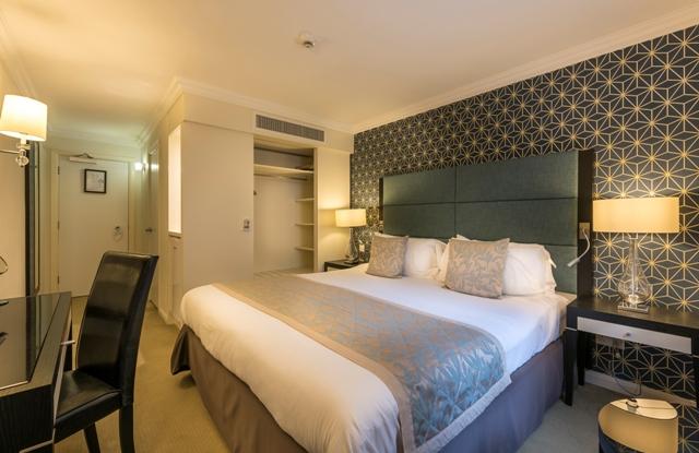 Number Four standard bedroom