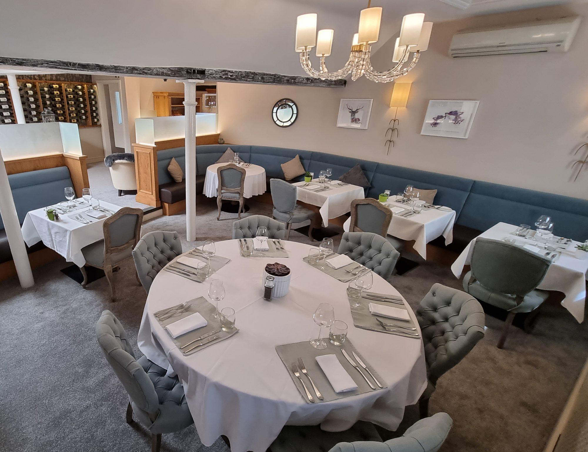 Hotel Restaurant Dining